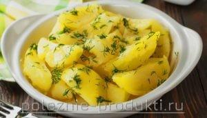 Вареный картофель с укропом